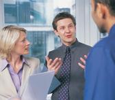 Modelli di comunicazione e stili di leadership efficaci nei team di lavoro